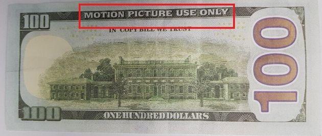 택시기사가 요금으로 받은 100달러 지폐는 영화