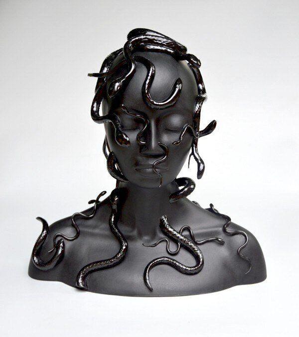 Η Achillea Gallery από το Παρίσι στην