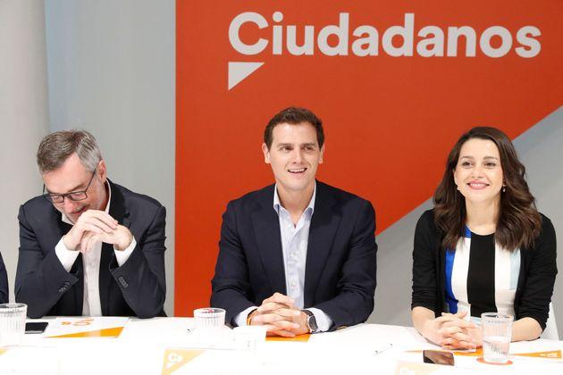 Ciudadanos crea un comité de negociación: ni vetar al PSOE ni excluir a
