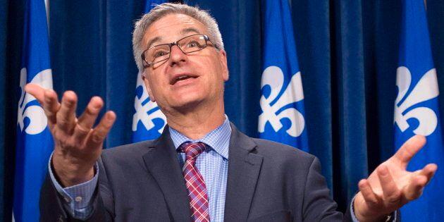 Québec veut bloquer le cannabis financé par les paradis