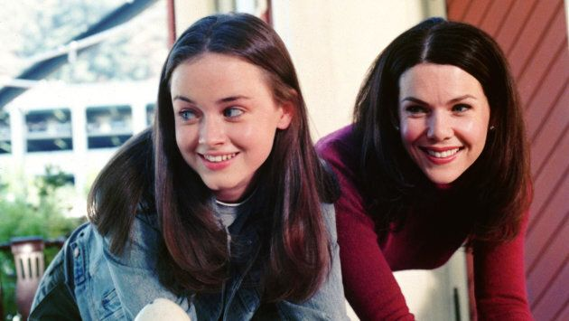 Gilmore Girls (WB) Season 1, 2000-2001 Shown from left: Alexis Bledel (as Rory Gilmore), Lauren Graham (as Lorelai Gilmore)