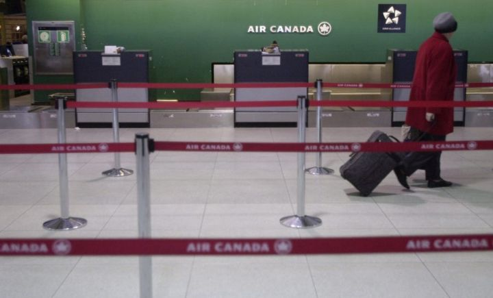 Air Canada's counter at Toronto Pearson International Airport, circa April 2003 when it plunged into bankruptcy protection.