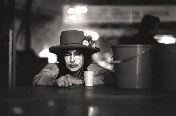 """""""Rolling Thunder Revue: A Bob Dylan Story by Martin Scorsese"""" will debut on Netflix."""
