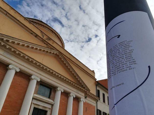A Fiumicino i sonetti di Leopardi, Ungaretti e Shakespeare per coprire le
