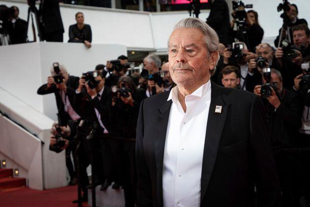 Alain Delon lors du Festival de Cannes en mai