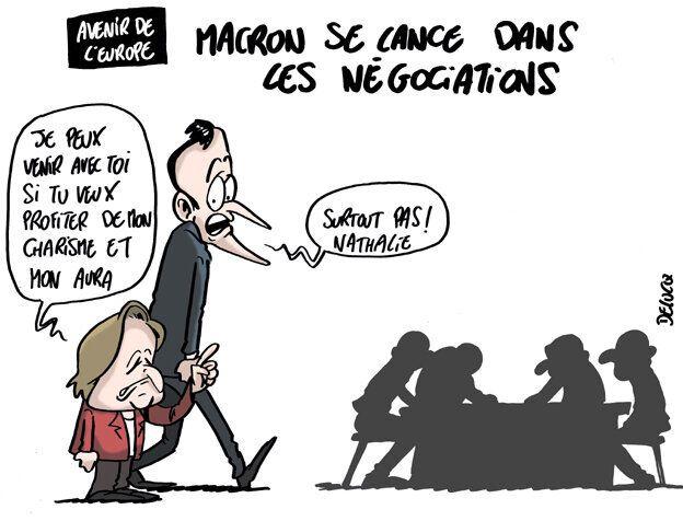 Macron voulait peser dans l'UE, il se traîne un