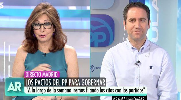 El peculiar bordado de la camisa de García Egea llama la atención hasta a Ana Rosa