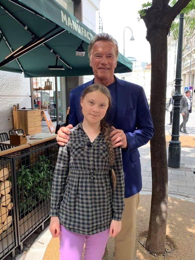 Il gigante e la bambina. Arnold Schwarzenegger e Greta Thunberg insieme per il