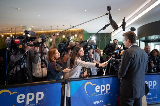 Μητσοτάκης: Μπορούμε να πείσουμε περισσότερους Έλληνες - και τις