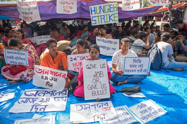 """""""Give us job or give us bullet"""": File photo of a hunger strike by School Service Commission (SSC) qualified candidates in Kolkata demanding immediate recruitment in state schools, where the selection test was conducted in 2017, results were declared in March 2018 and yet their names were in the waiting list."""
