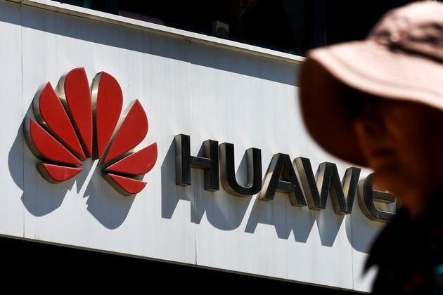 Η Huawei προσφεύγει στη δικαιοσύνη των ΗΠΑ για τις