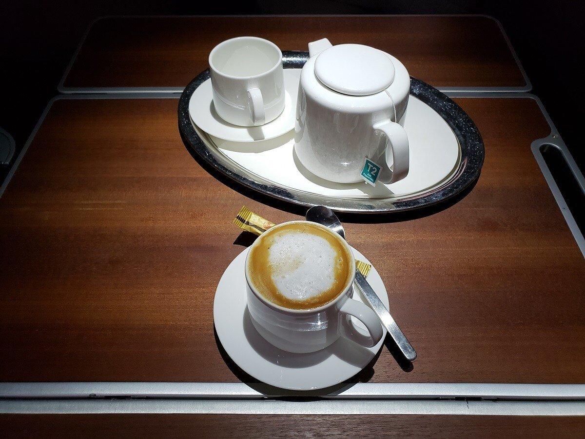 先來杯熱茶與咖啡