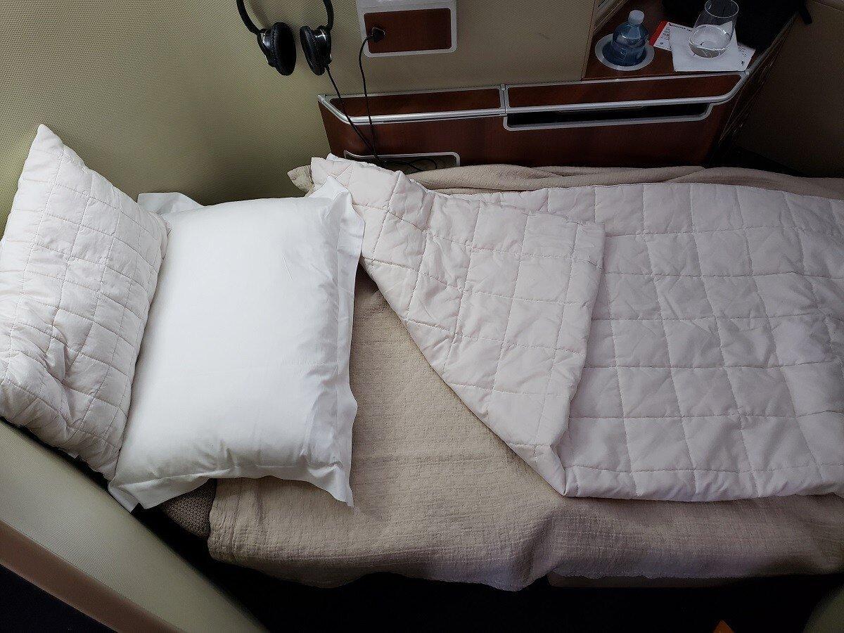 鋪好的床鋪