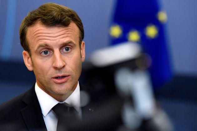 Macron pensa ai Verdi, ma dimentica il rosso di
