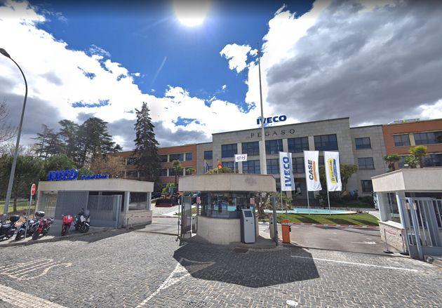 Fachada de la factoría de Iveco en San Fernando de Henares, donde trabajaba la