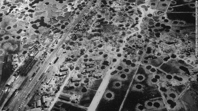 Χιροσίμα: αεροφωτογραφία τρεις εβδομάδες μετά το βομβαρδισμό του