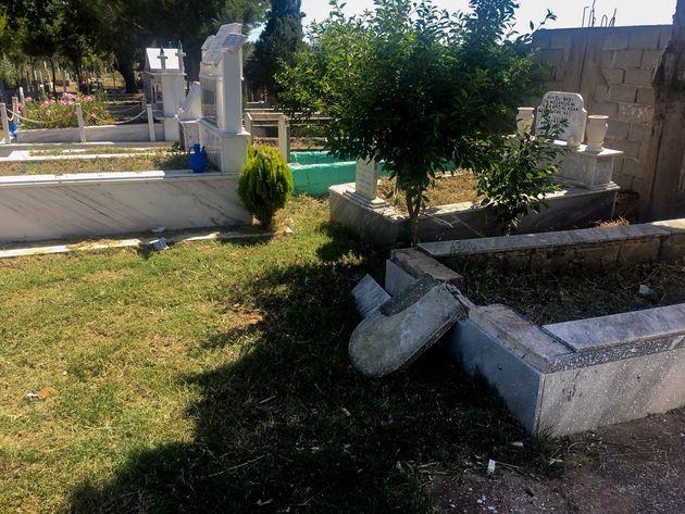 Αλεξανδρούπολη: Βανδαλισμοί από χρυσαυγίτες σε νεκροταφείο
