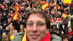 Martínez-Almeida, resumido en 25 fotos de su