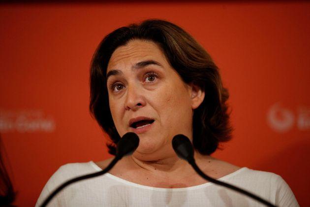 ERC ofrece a Colau un gobierno 'a dos' en