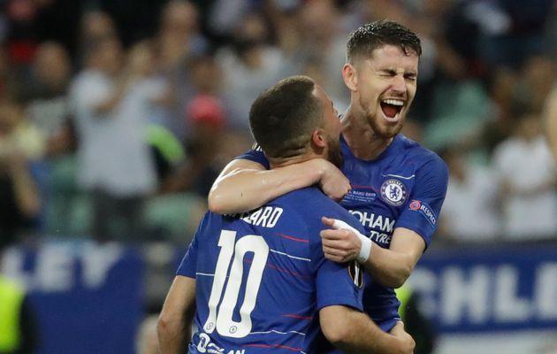 Finale Europa League: Chelsea s'impose largement contre
