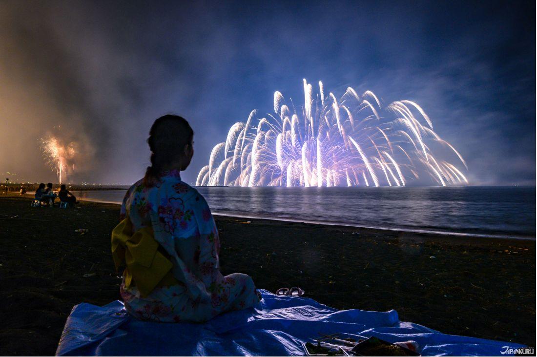 館山灣花火大會。圖片來源:AC寫真