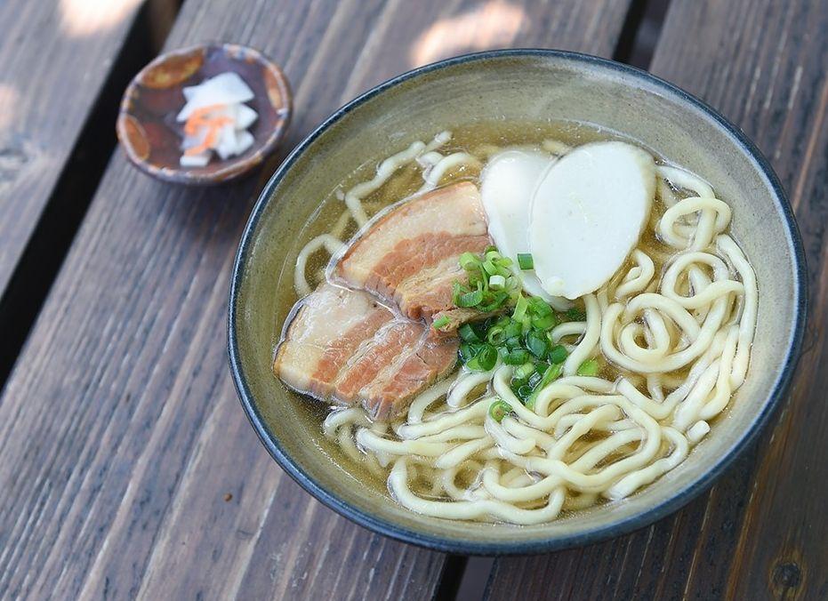 沖繩的特產也是蕎麥麵