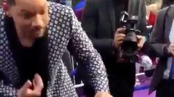 El aplaudido gesto de Will Smith con unas niñas en la alfombra roja de