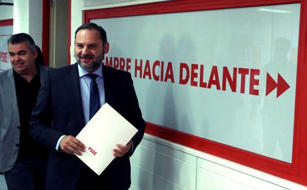 El PSOE se abre a incorporar en el Gobierno a