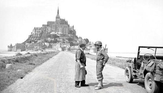 D-Day: Η ακτή της Νορμανδίας τότε και