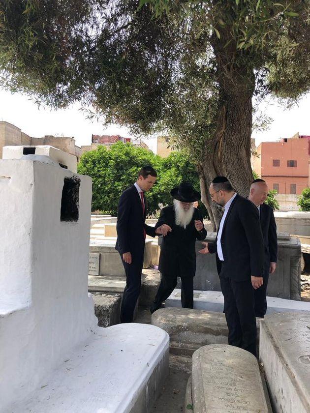 Au Maroc, le conseiller américain Jared Kushner s'est rendu sur la tombe d'un rabbin à