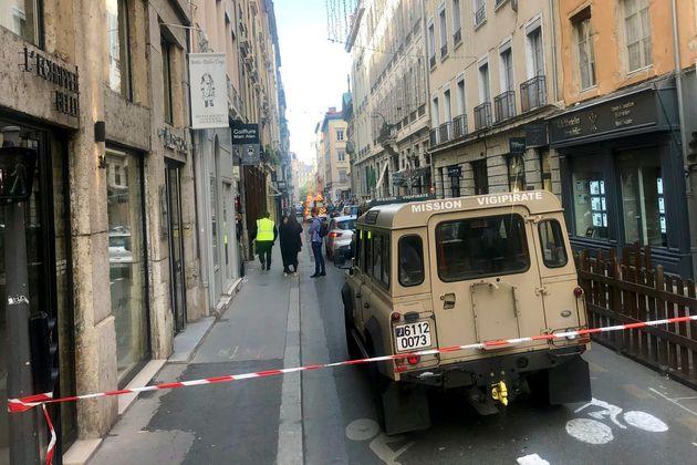Colis piégé à Lyon: le suspect dit avoir prêté allégeance à