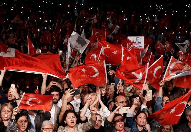 トルコで行われたの選挙の様子