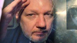 Assange présente des symptômes de