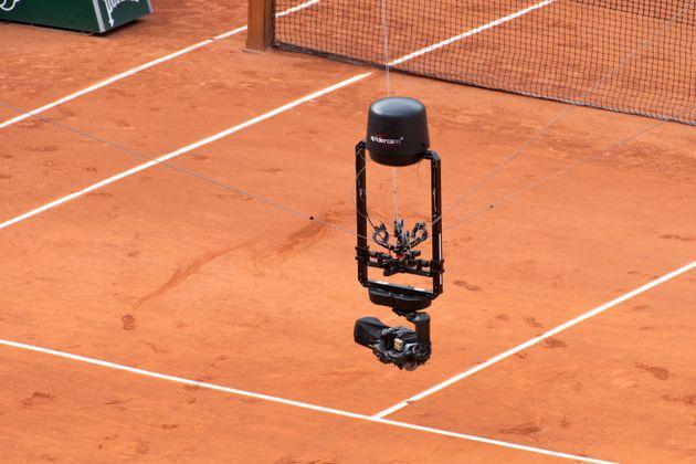 Déjà utilisée dans le monde du spectacle et du sport, cette caméra sert notamment...