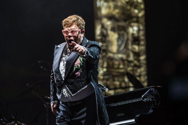 Elton John, mercredi 29 mai, lors du dernier concert de sa tournée mondiale à Vérone...
