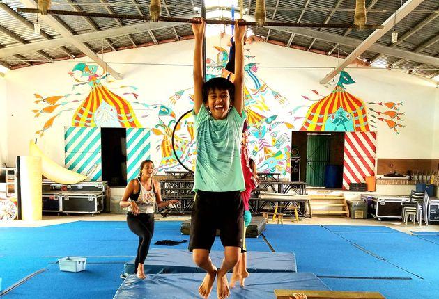 Avec son Circo de los Niños, un cofondateur du Cirque du Soleil soutient des enfants au