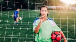 A exclusão das meninas da França dos campos de futebol nas escolas e nos