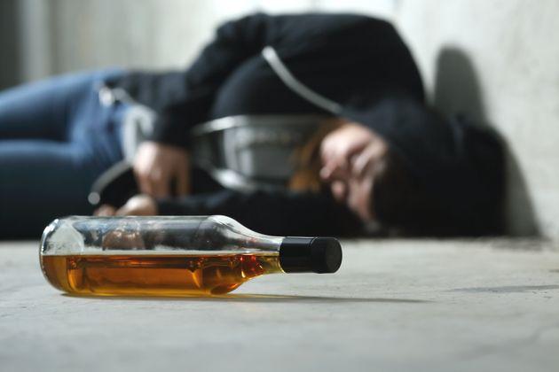 Η υπερβολική ποσότητα αλκοόλ σκότωσε την 14χρονη στην