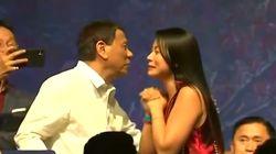 Duterte invita a cuatro mujeres a darle un beso en un acto en