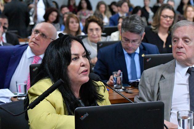 A relatora, senadora Rose de Freitas (Pode-ES), recomendou a aprovação da proposta, de...