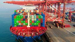 미국에 도착한 중국산 제품에 25% 관세부과가