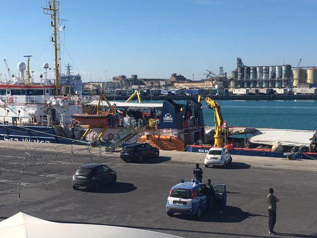 La nave Sea Watch è stata dissequestrata. Salvini: