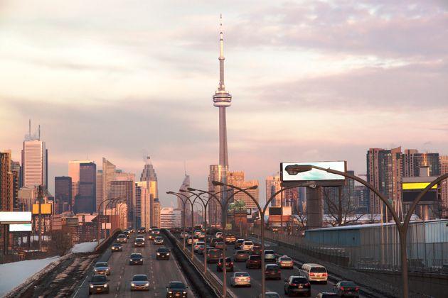Traffic on Toronto's Gardiner