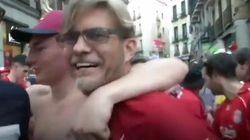 Ce sosie de Jürgen Klopp, entraîneur de Liverpool, a enflammé les rues de