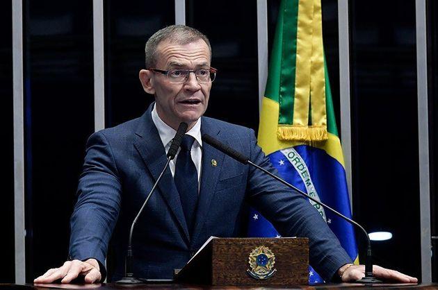 No Senado,Fabiano Contarato (Rede-ES) lembrou que o Congresso precisa enfrentar as pautas de