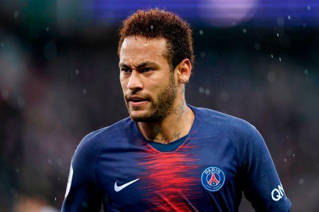 Neymar accusato di