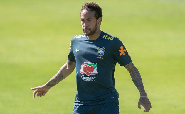 Para se defender das acusações, Neymar publicou, na noite deste sábado (1º),...