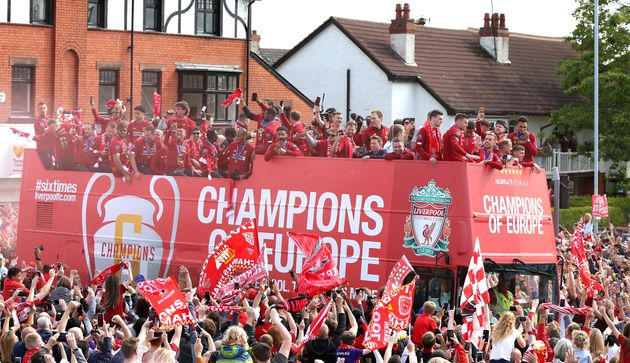 Half A Million Liverpool Fans Line City's Streets To Welcome Home Champions League