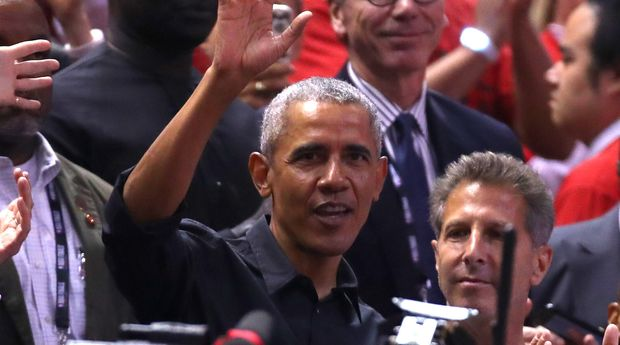 TORONTO, ONTARIO - JUNE 02:  Former President of the United States, Barack Obama waves to the crowd during Game Two of the 2019 NBA Finals between the Golden State Warriors and the Toronto Raptors at Scotiabank Arena on June 02, 2019 in Toronto, Canada.  NOTE TO USER: User expressly acknowledges and agrees that, by downloading and or using this photograph, User is consenting to the terms and conditions of the Getty Images License Agreement. (Photo by Gregory Shamus/Getty Images)