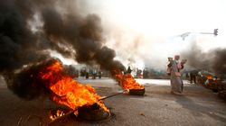 Αιματηρές συγκρούσεις μεταξύ διαδηλωτών και στρατού στο